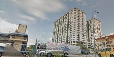 Kepong Sentral Condo 150m walk to KTM 3 bedrooms furnished with pool