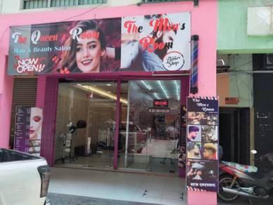 Hair&beauty saloon for sale at Damansara Damai