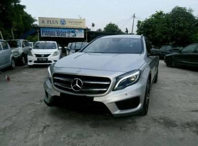2015 Mercedes Benz GLA250 4MATIC (CBU) 2.0 (A)
