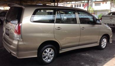 2010 Toyota INNOVA 2.0 E FACELIFT (M)