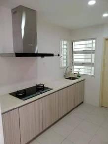 Idaman Iris Apartment At sungai Ara with Nice Build up Kitcchen