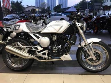 GPX Gentleman 200 ~ New Generation Cafe Racer