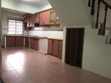 Tun Aminah, Skudai, Jalan Hulubalang