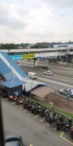 Kelana Jaya LRT, Taman Megah, Jalan SS25/2