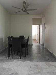 Subang Perdana Goodyear Court 6 Apartment For sale 325K