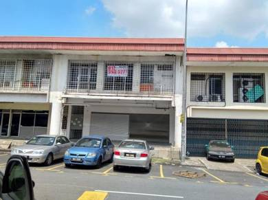 1.5sty factory/warehouse in Taman Sg Besi KL for sales