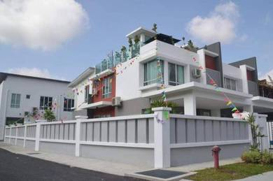 Rumah Teres Dua Tingkat, Roof Top Garden, Club House