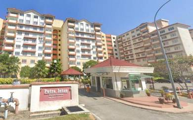 LEVEL 2 WELL MAINTAINED   Putra Intan Condo Dengkil