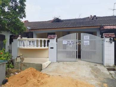 House for sale at skudai/price negotiable/100% loan for purchaser!