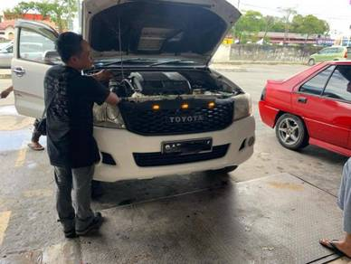 Toyota Hilux Vigo Champ Front Grille
