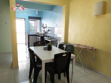 Fully furnished rooms at tmn tampoi indah for female Muslim