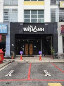 Sale person vape shop dato harun dan puchong