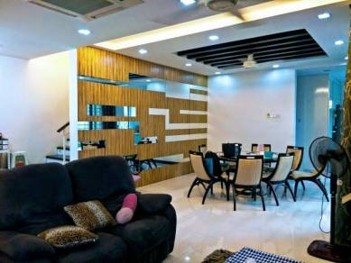 Taming mutiara cheras bandar sungai long 3 sty semi-d full renovation