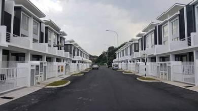 3 Storey House Bayu Heights 2 Bukit Gita Bayu The Mines UPM Belakong