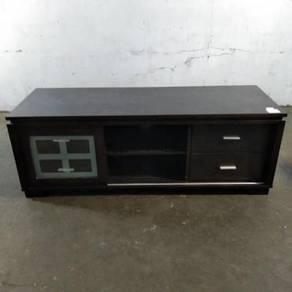 Kabinet TV Dengan 2 Laci Dan 2 Rak