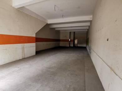 FACING ROAD Ground floor Shoplot Legenda Heights