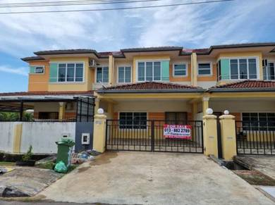 Double Storey Terrace House For Sale at Medang Gayam Behind Uni Garden