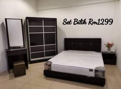 Set bilik tidur