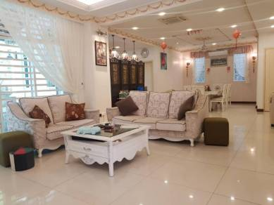 Asia Hills Bungalow , limited unit with extra garden , full renovated