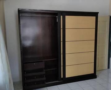 R20-E Almari Baju 8x6 ft Sliding Wardrobe