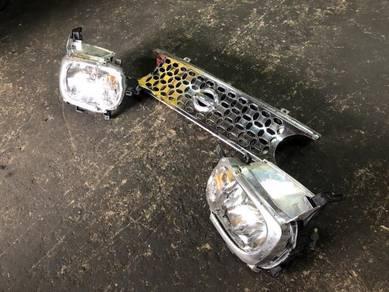 Lampu dan Grill Nissan Cube Z11 New Facelift