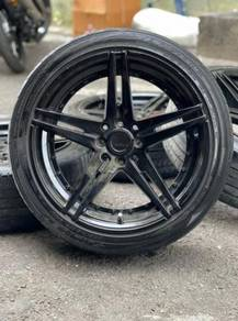 Adv 17 inch sports rim Grand Livina tyre 70%