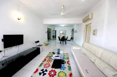 3+1 Bedroom on Mid Floor Available For Rent in Angkasa Impian 1