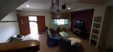 Batu9 Double Storey Intermediate House For Sale