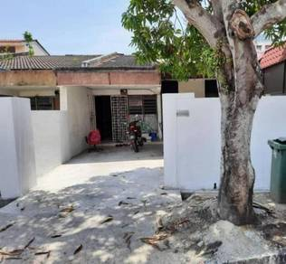 Single storey suitable for workers at tmn iping