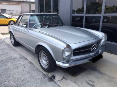 Mercedes Benz PAGODA 230SL COLLECTION ITEM ANTIQUE
