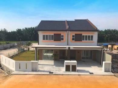 Rumah Baru Teres Dua Tingkat Sepang Salak Tinggi