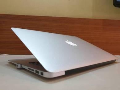 Macbook Air 13 ,2014 Model, 256GB