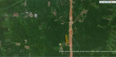Tanah Tepi Jalan East Coast Highway