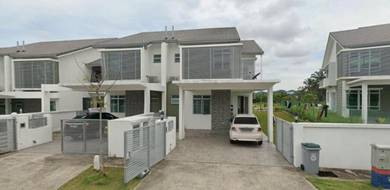 Double Storey Endlot Super link gated guarded
