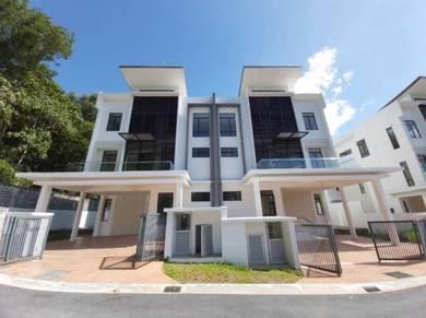 (RM500 BOOK! PRIVATE POOL) Emery 3 Storey Semi D Villa, Embun Kemensah