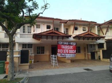 Double storey terrace at precinct 9 for sale
