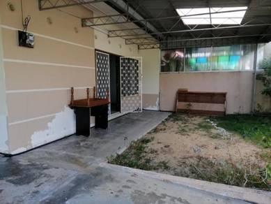 Single storey Semi D in Taman Chee Seng Tanjung Bunga