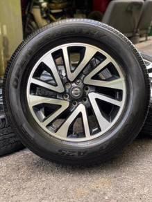 ORIGINAL 18 inch sport rim NAVARA tyre 70%