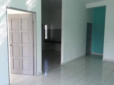 3 rooms - Gombak Townhouse near Stayrehat 1st Flr