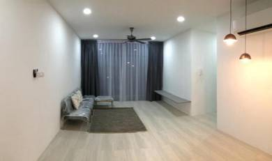 Exclusive fully furnished 2-bedroom fulton park apartment