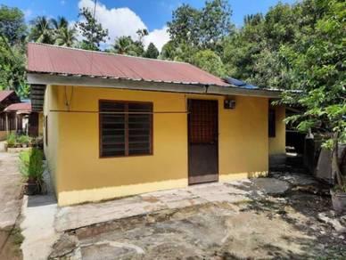 Rumah kampung 1 tingkat di batu 9 cheras