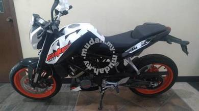 KTM DUKE 200 abs ,merdeka sale, offer kuat kuat