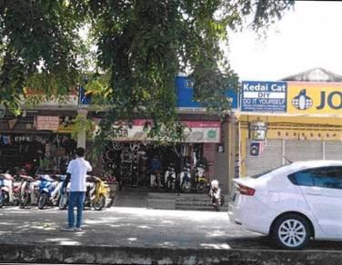 BANK LELONG : No.3, Jalan Jaya 5/1, Taman Jaya 5, Temerloh, Pahang
