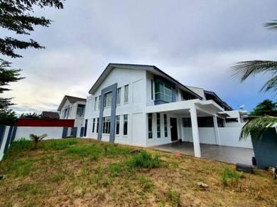 TANAH LUAS! CORNER LOT Double Storey House Bangi Avenue Bangi