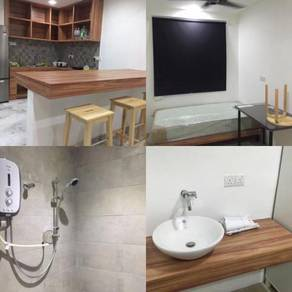 Sunway PJS 9 Room with Private Attached Bathroom