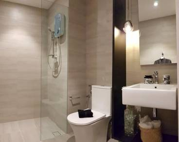 (MONTHLY RM1,100) Condo I-City Superb Location - Booking RM500