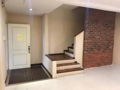 [4+1 Rooms] Renovated Double Storey Terrace Sunway Kayangan Shah Alam