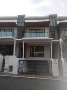 Freehold 3 storey terrace end lot