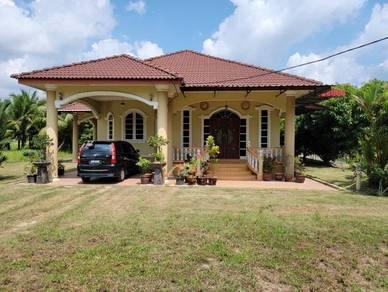Rumah Banglo Depan SK Pa' Pura, Bachok, Kelantan