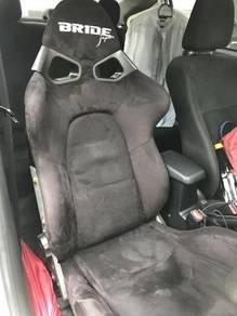 Seat bride semi bucket